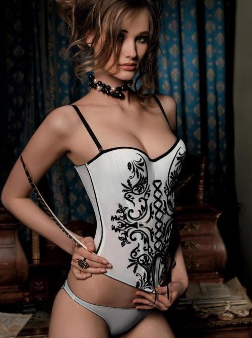 femme sexy en string du 96 dispo pour cam live x