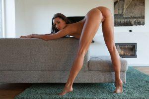femme nu en webcam